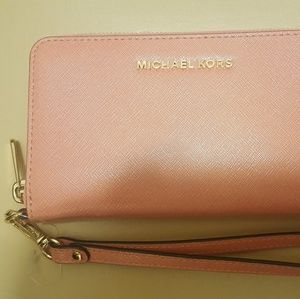 NWT Authentic Michael Kors Zip Around Wallet